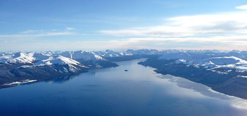 Lago Vinter, Patagonia, Argentina